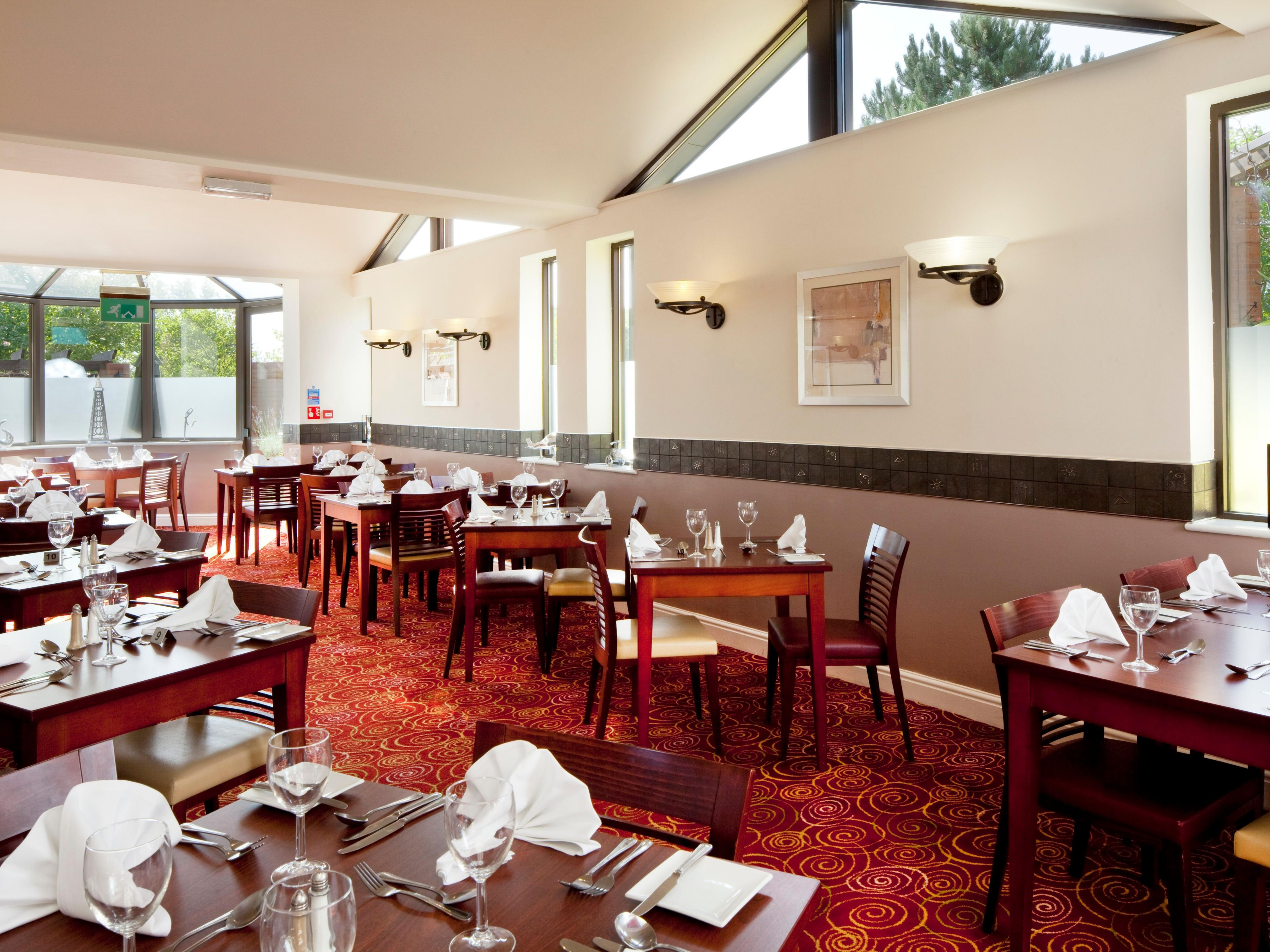 A warm welcome awaits you in Spa's Restaurant