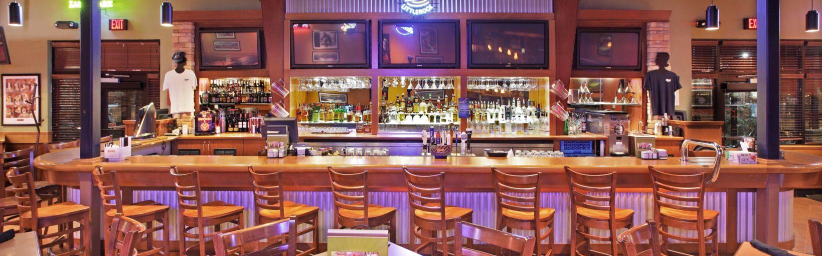 Boston 39 S Sports Bar Has Ten Tvs On
