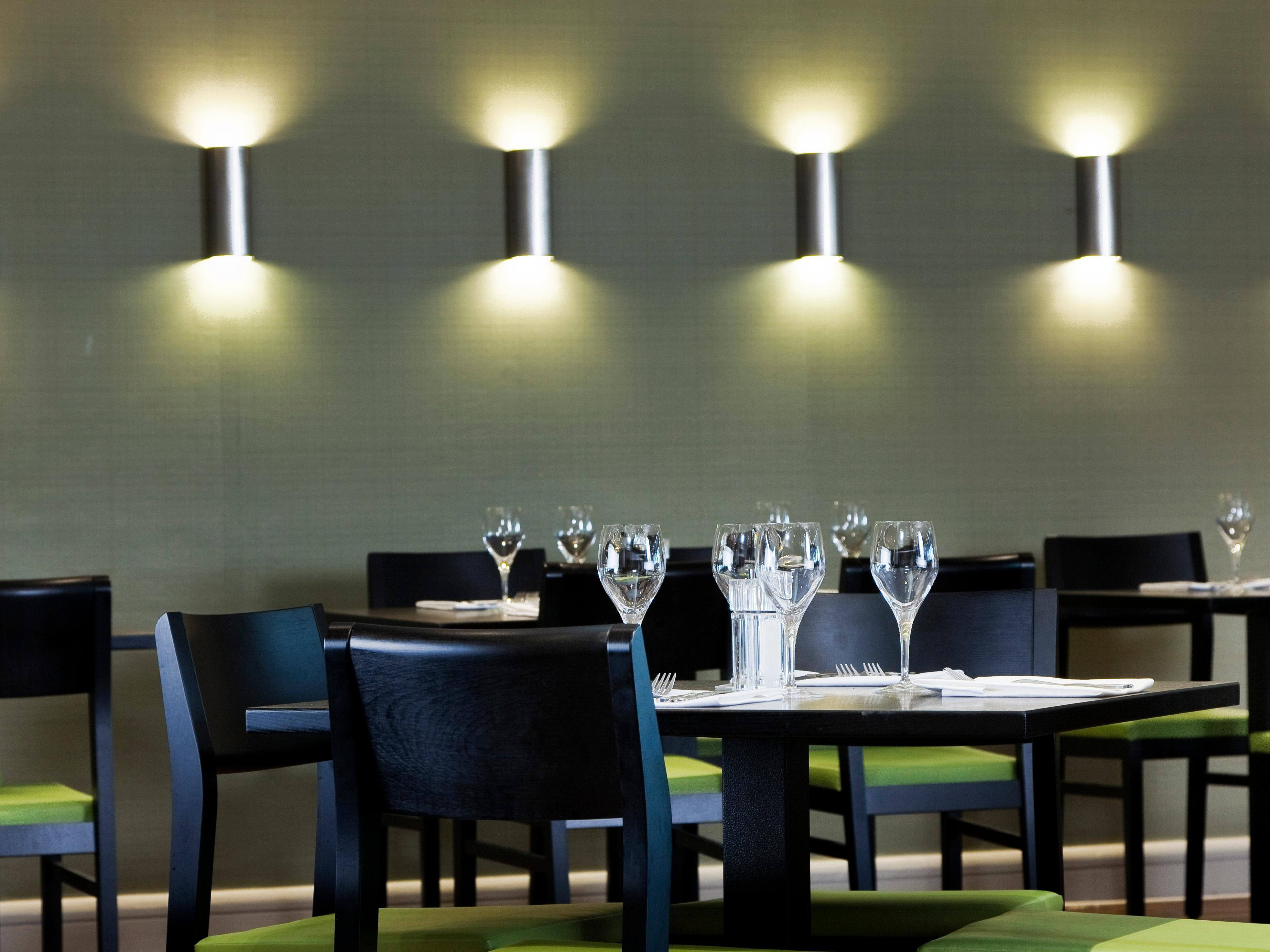 LONNO-Holiday Inn London Heathrow M4 Jct 4-Restaurant