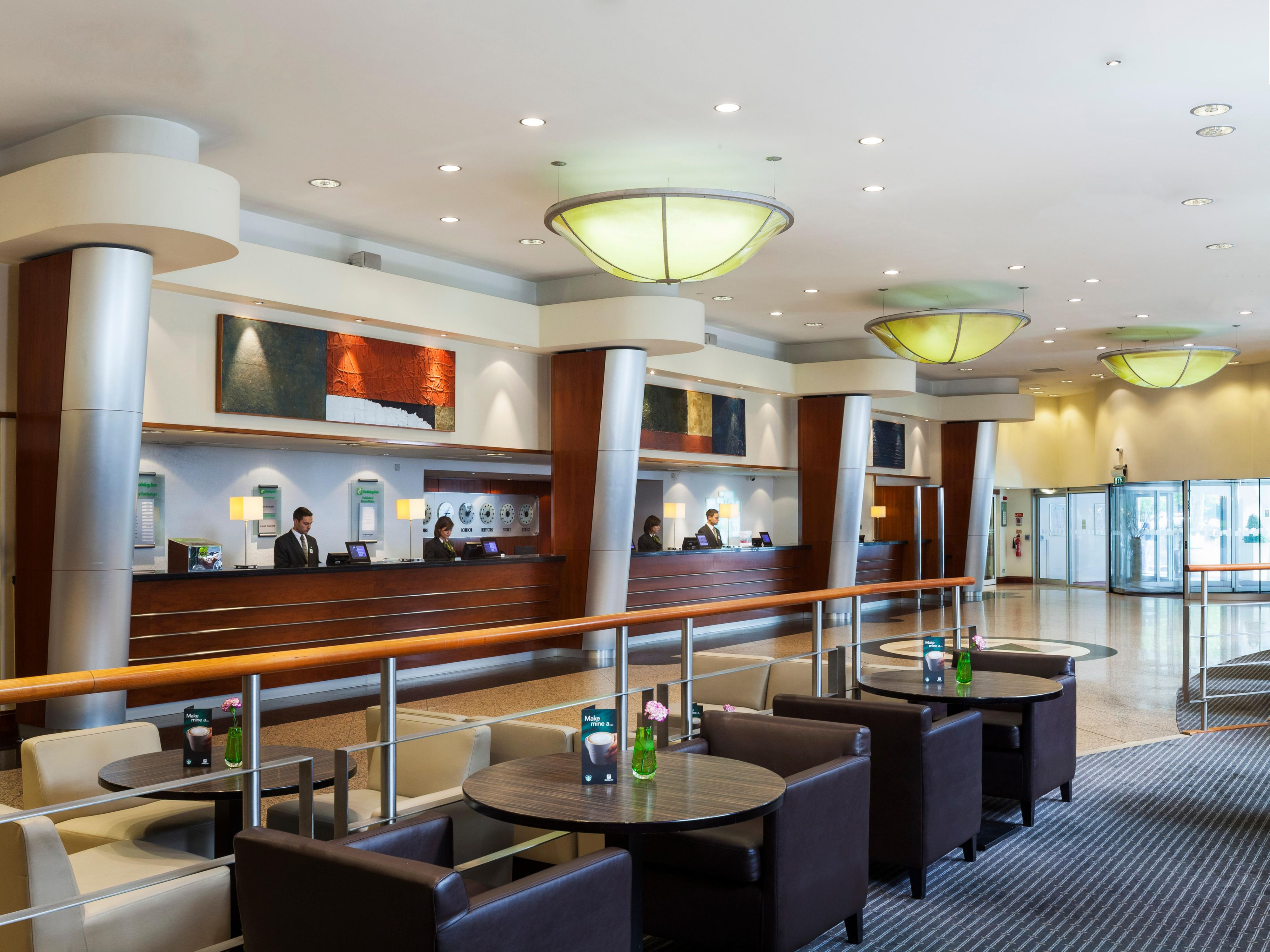 Holiday Inn London Kensington Forum Guests Lobby