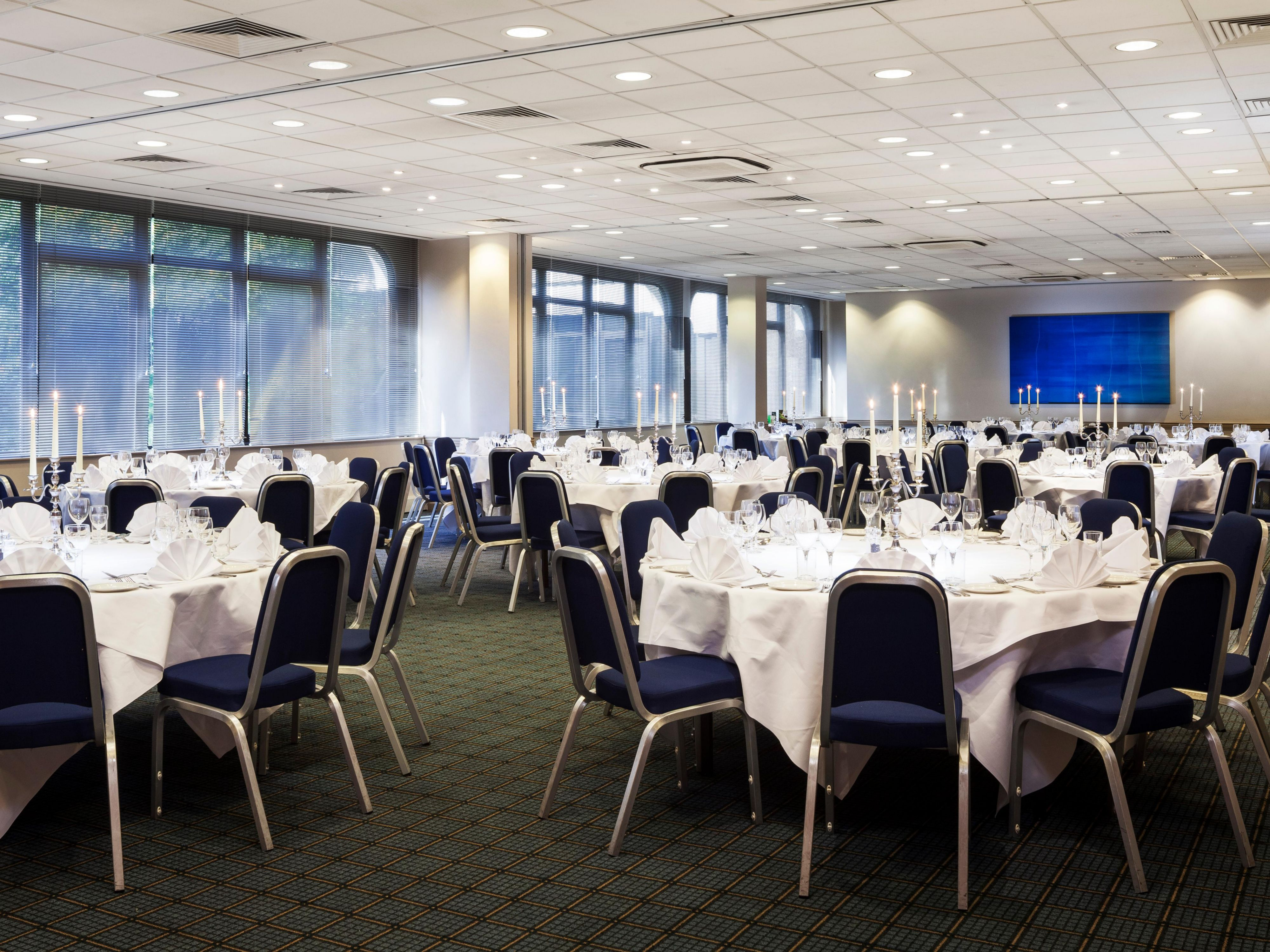 Banquet Room - Ideal for the Weddings and Birthdays