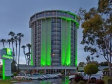 Holiday Inn Long Beach Airport in Buena Park, California
