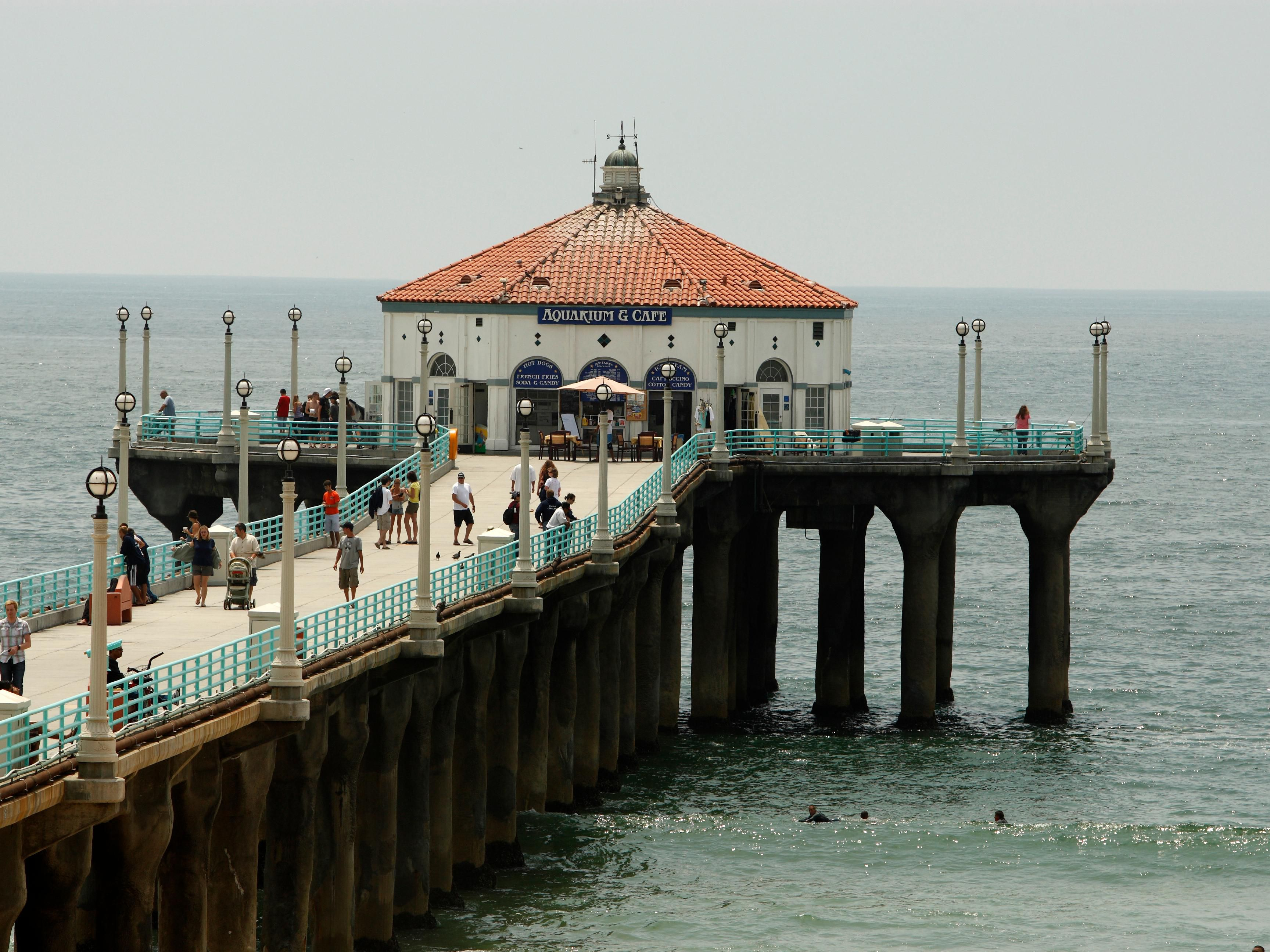 Take the Ocean Express Trolley to Manhattan Beach