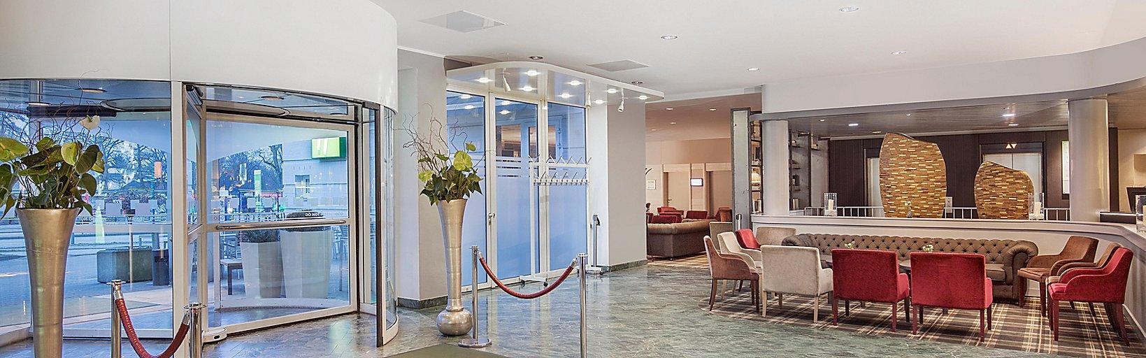 Hotels Im Stadtzentrum Von Lubeck Holiday Inn Lubeck