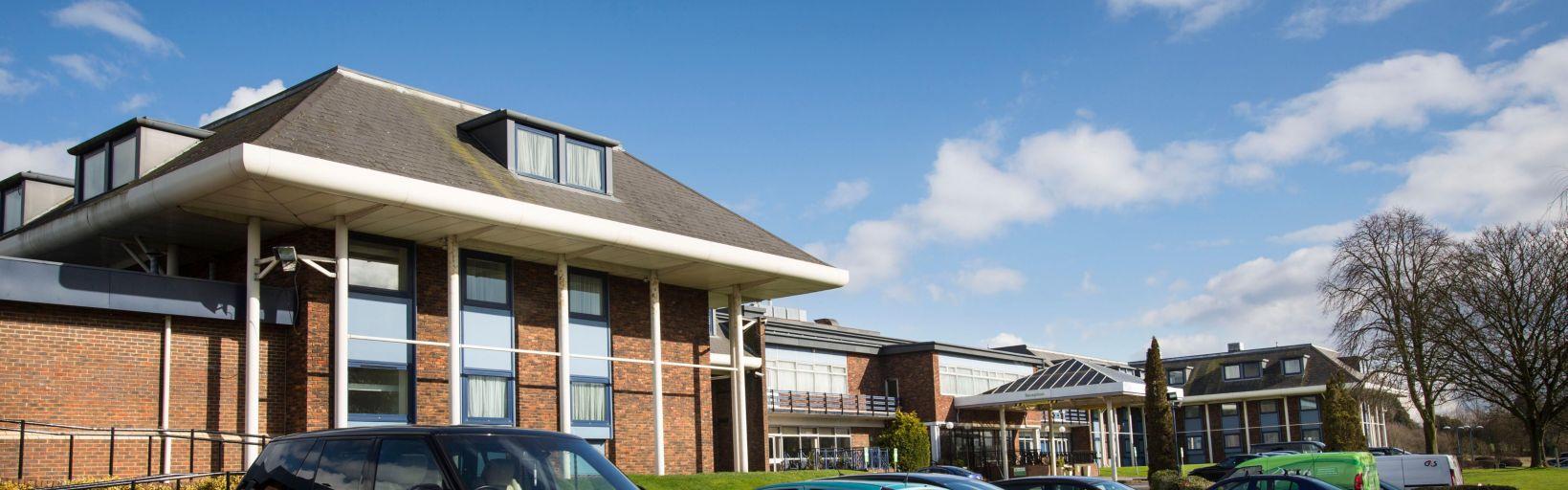 Holiday Inn Luton-South M1, Jct.9 Hotel by IHG