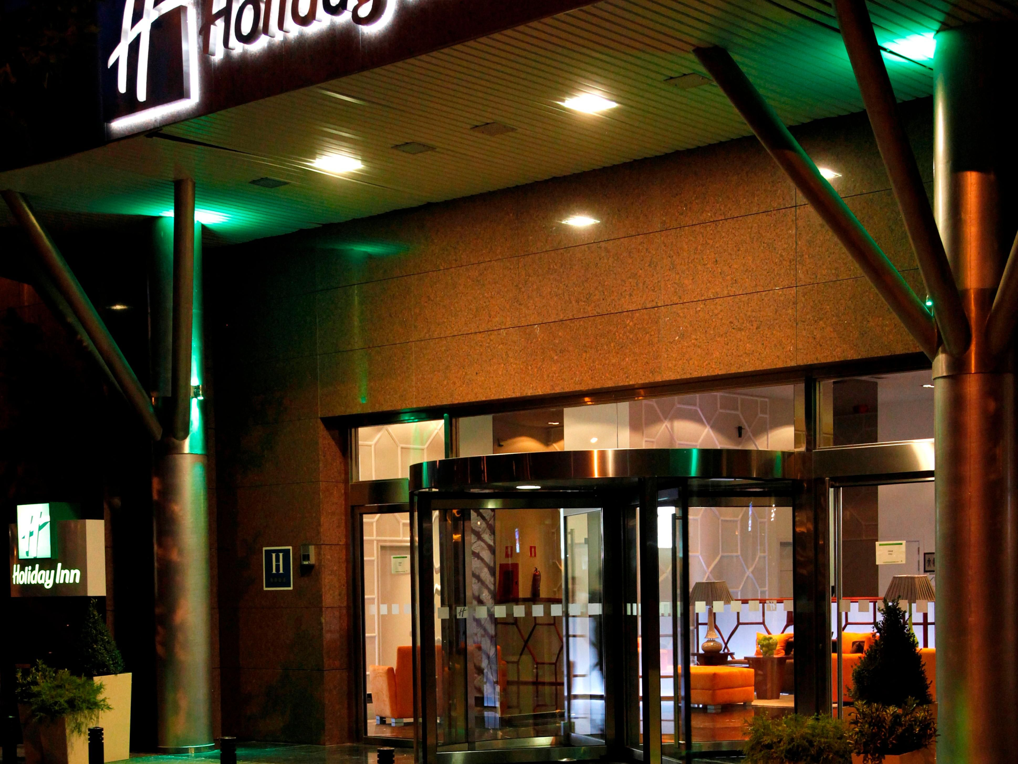 Holiday Inn Madrid - Las Tablas Entrance