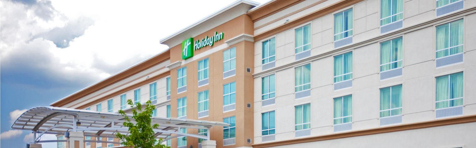 Holiday Inn Manassas Battlefield Hotel By Ihg Sabre Garden Tractor Lights Wiring Front Desk Battlefield39s Award Winning Exterior