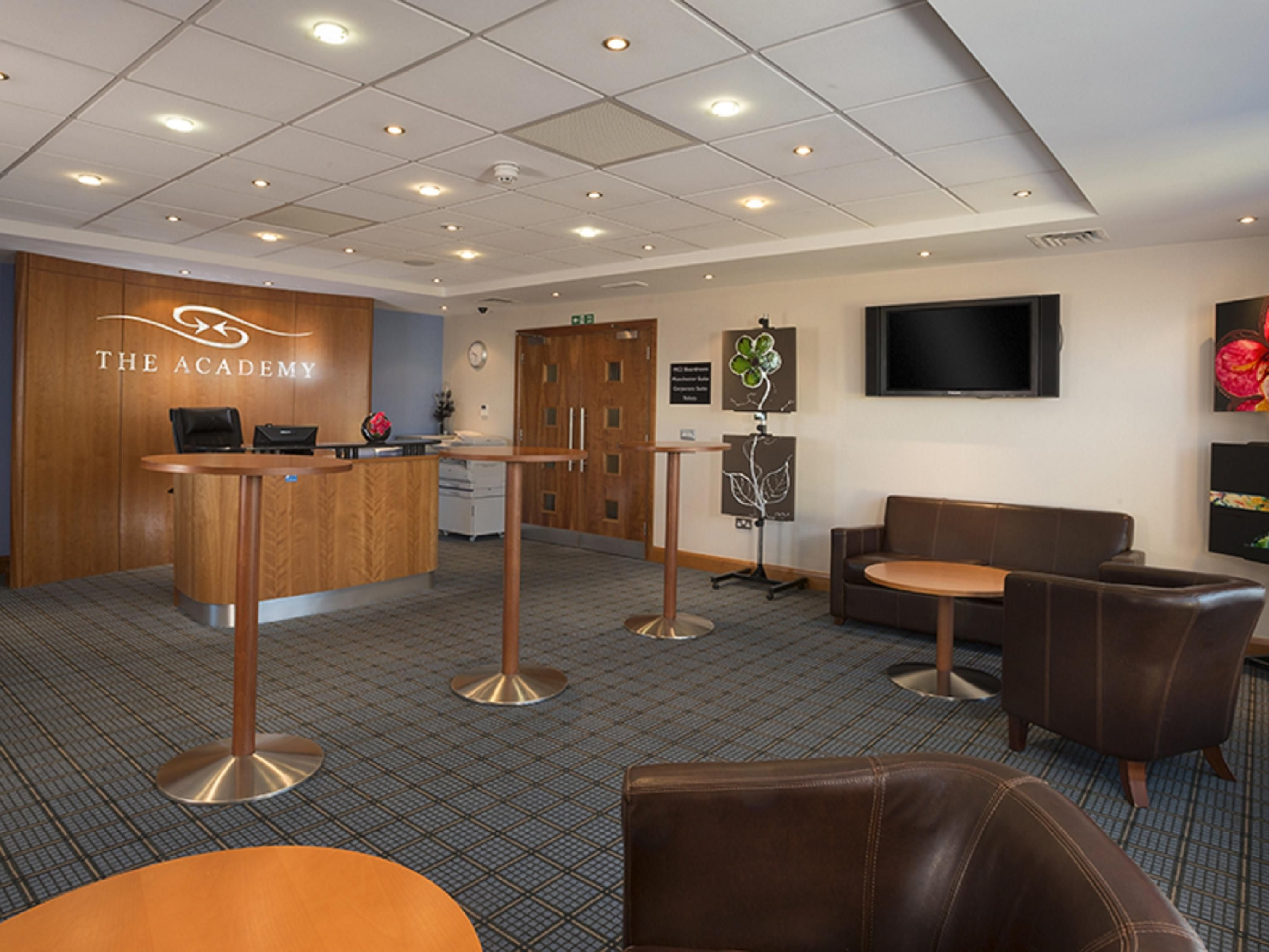 Meet with clients or enjoy a Starbucks in our Academy Lounge