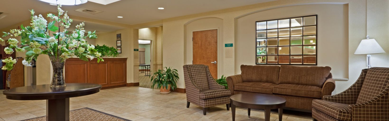 Our Manchester NH Hotels Entrance Welcoming Lobby