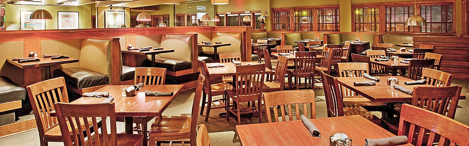 Restaurants Near Holiday Inn Manhattan At The Campus