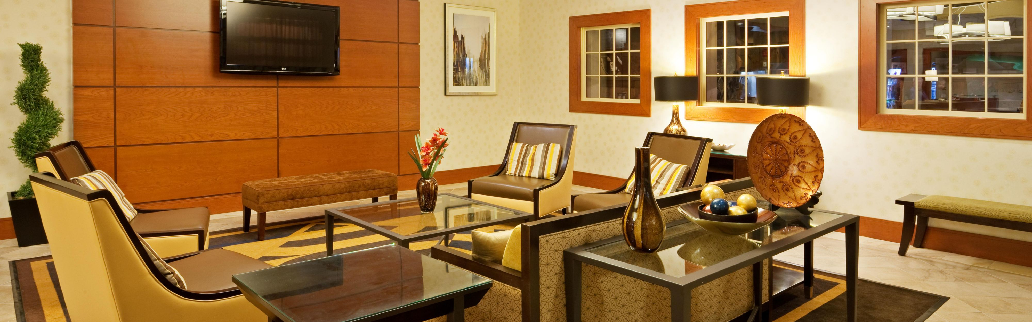 ... The Holiday Inn Mansfield Foxboro Welcomes You ...