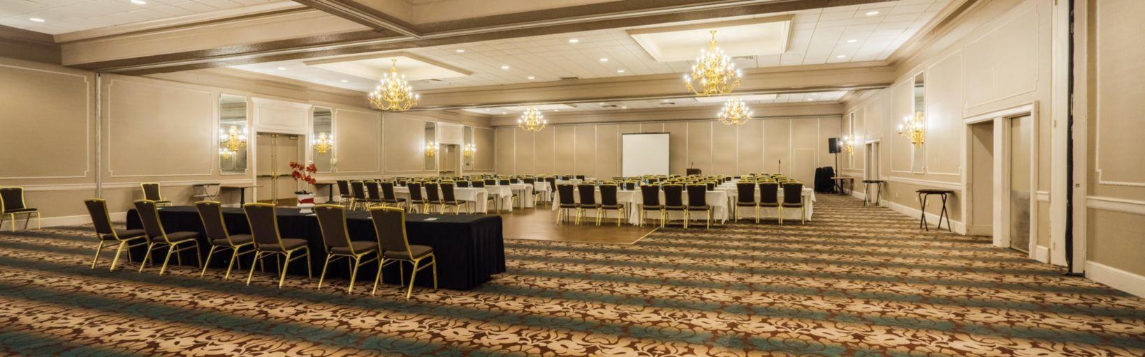 Ballroom At Holiday Inn Mansfield Foxboro