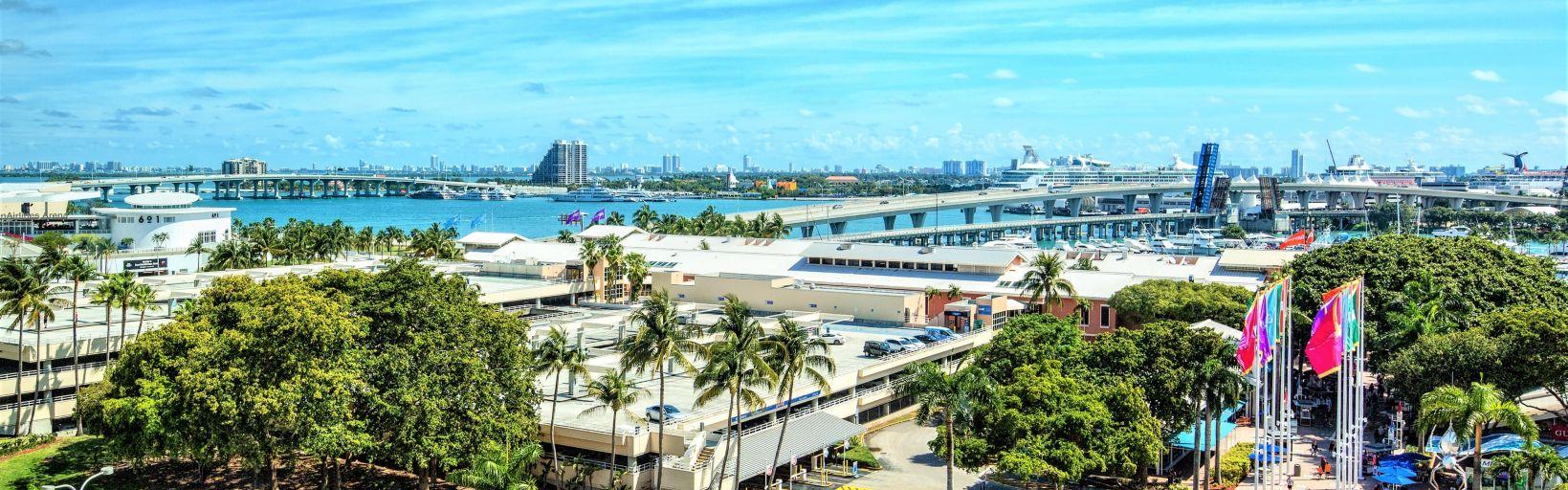 Downtown Miami Florida Hotel Near Cruise Port Holiday Inn - Miami hotels close to cruise ship port