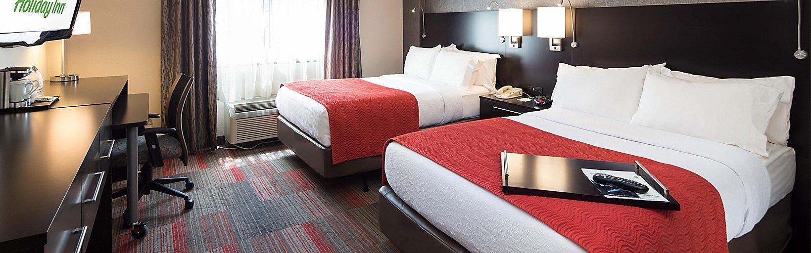 Milwaukee Riverfront Hotels near Summerfest | Holiday Inn ...