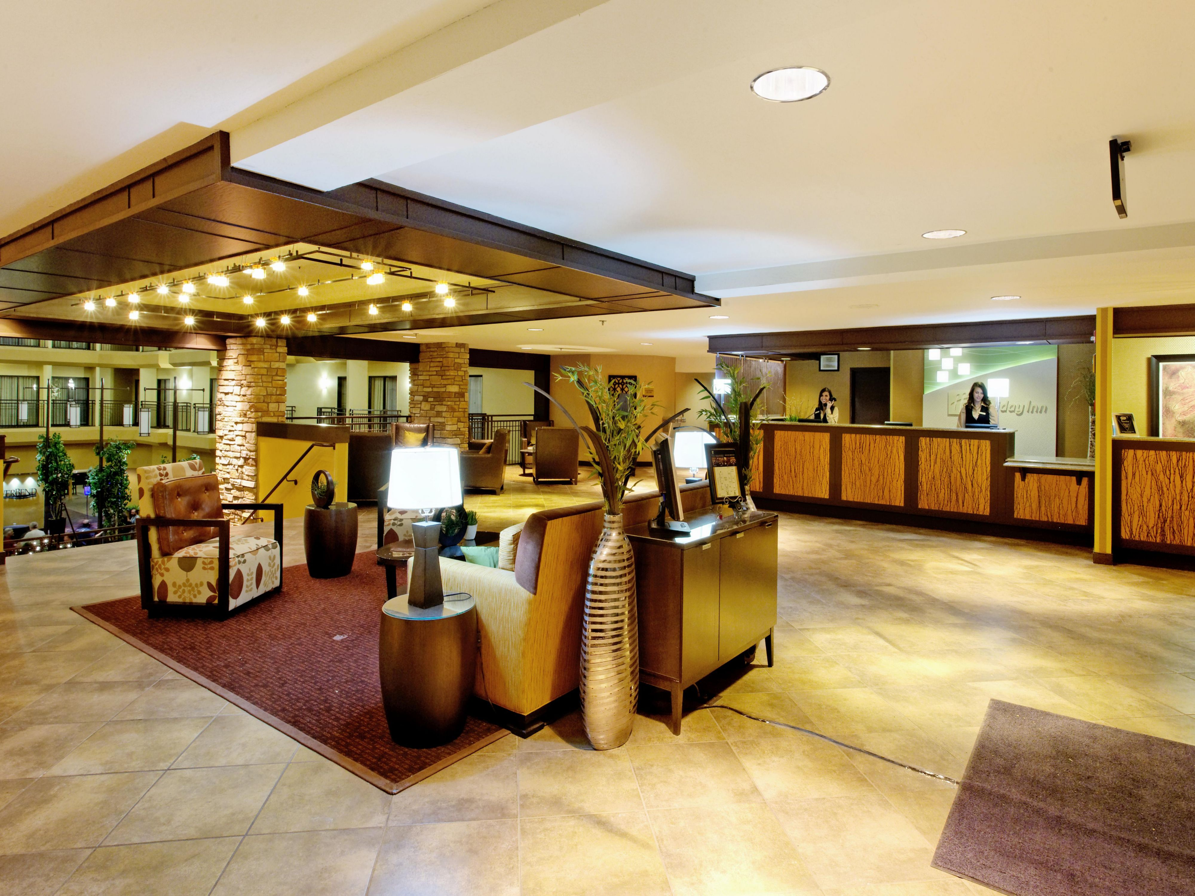 Spacious lobby in the Holiday Inn Downtown at the Park