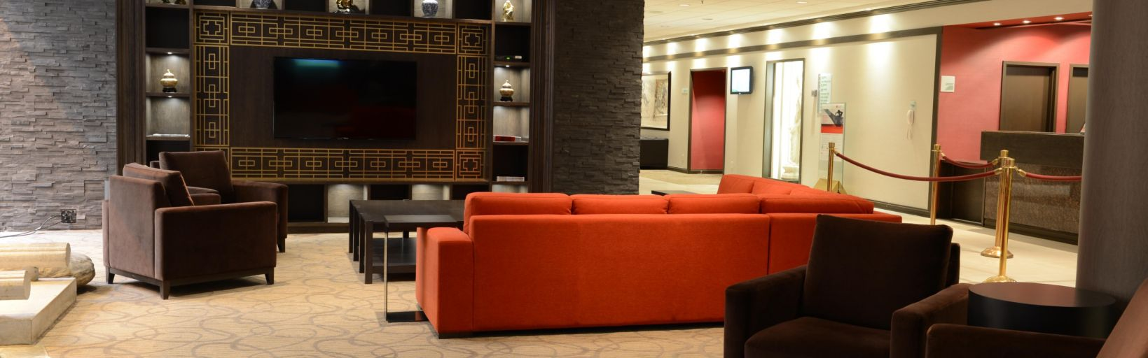 Holiday Inn Montreal Centreville Downtown Hotel by IHG