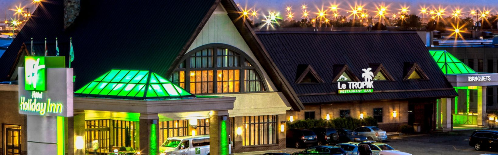 Holiday inn montreal aeroport airport hotel by ihg day or night the holiday inn montreal airport is waiting for you solutioingenieria Choice Image