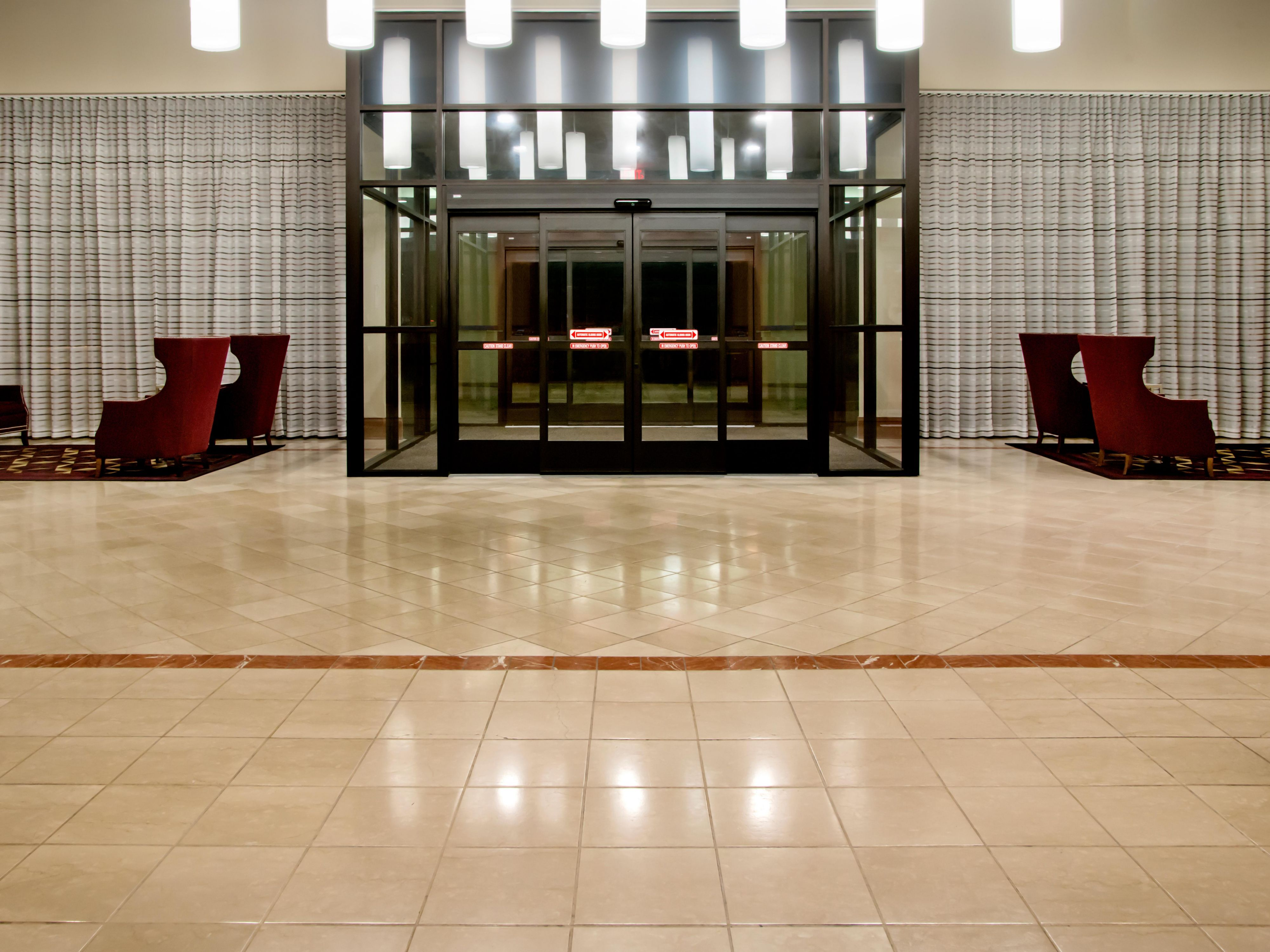 Holiday Inn Nashville Airport Front Entrance