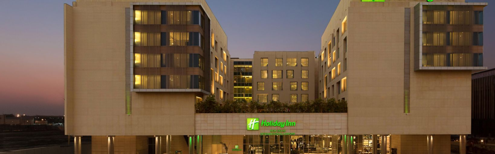 Hotel Delhi Pride Holiday Inn New Delhi International Airport Hotel By Ihg