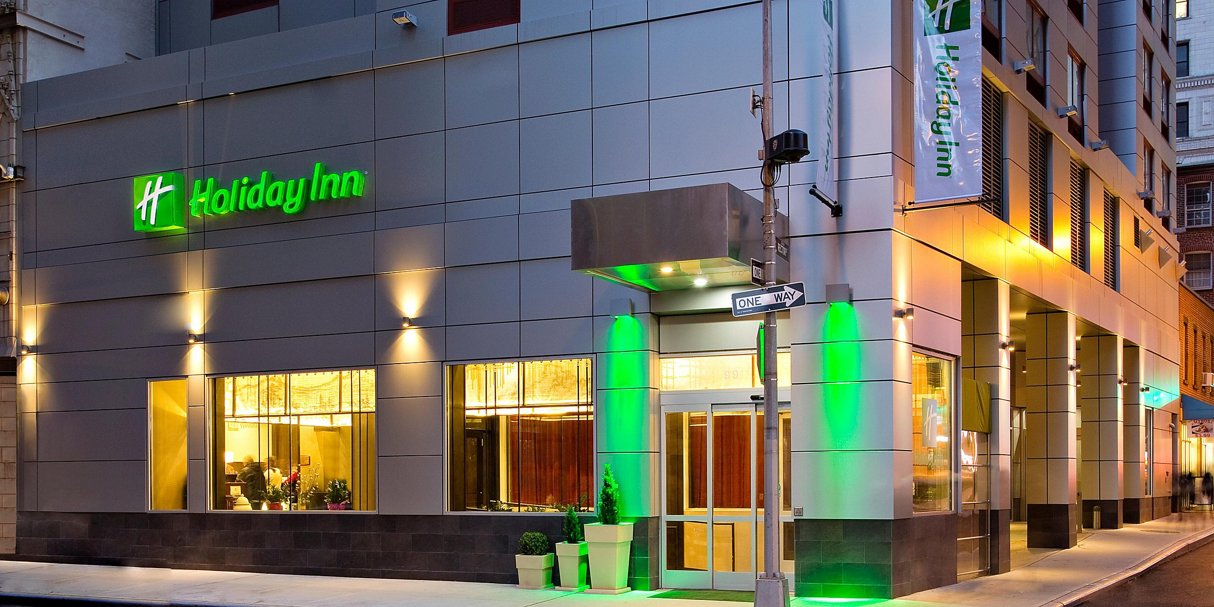Hotels in Lower Manhattan NYC | Holiday Inn Manhattan