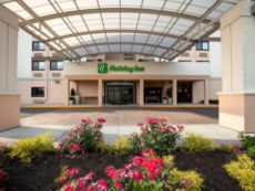 Holiday Inn Newark Airport in Clark, New Jersey