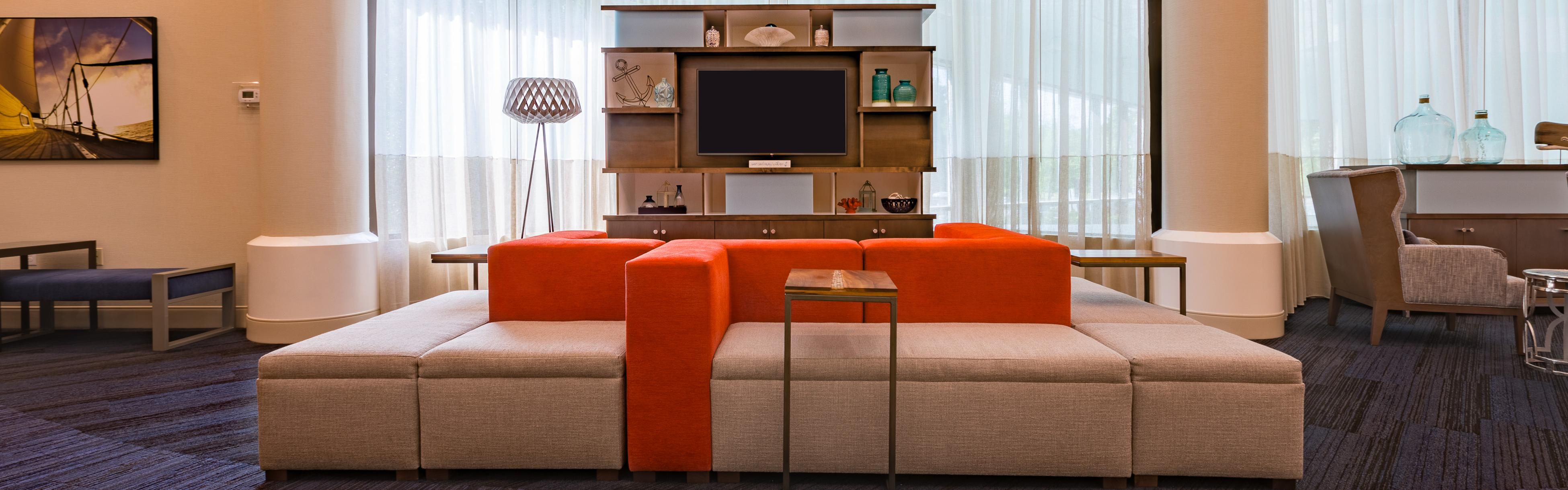 holiday inn newport news city center hotel by ihg rh ihg com holiday inn newport news city center holiday inn newport news omni blvd