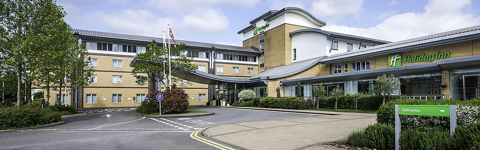 Hotels Near Oxford Parkway Station: Holiday Inn Oxford