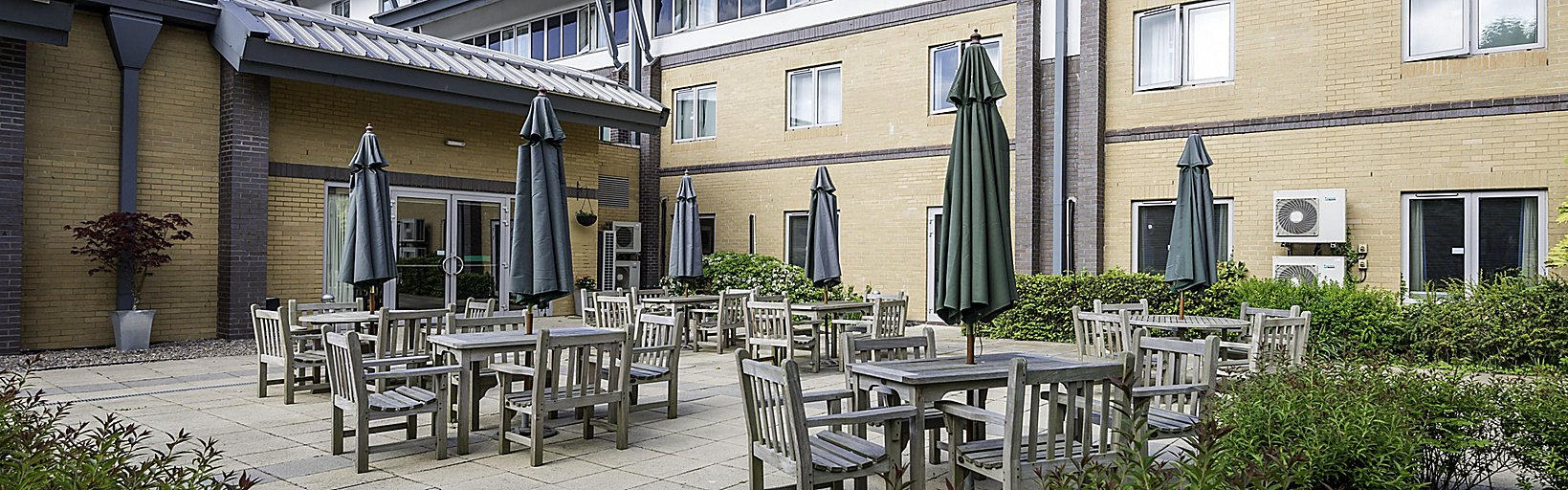 Out door patio academy meetings conference centre welcoming reception holiday inn