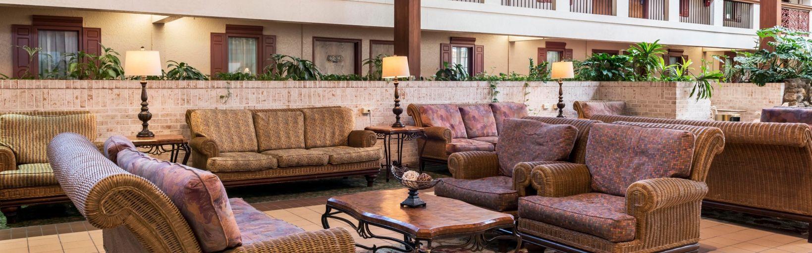 Holiday Inn Toledo South - Perrysburg Hotel by IHG