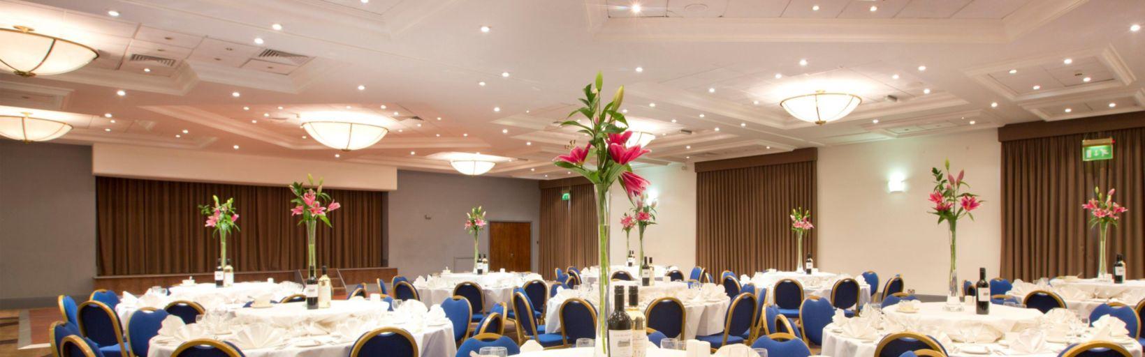 Holiday Inn Peterborough Hotels Holiday Inn Peterborough West
