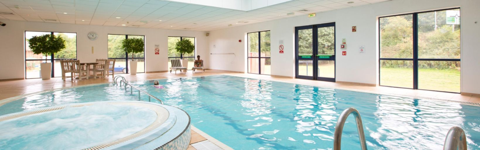 Swimming Pool At The Holiday Inn Peterborough West