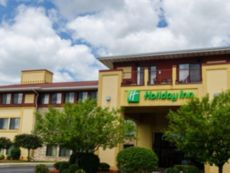 Holiday Inn Pewaukee-Milwaukee West in Milwaukee, Wisconsin