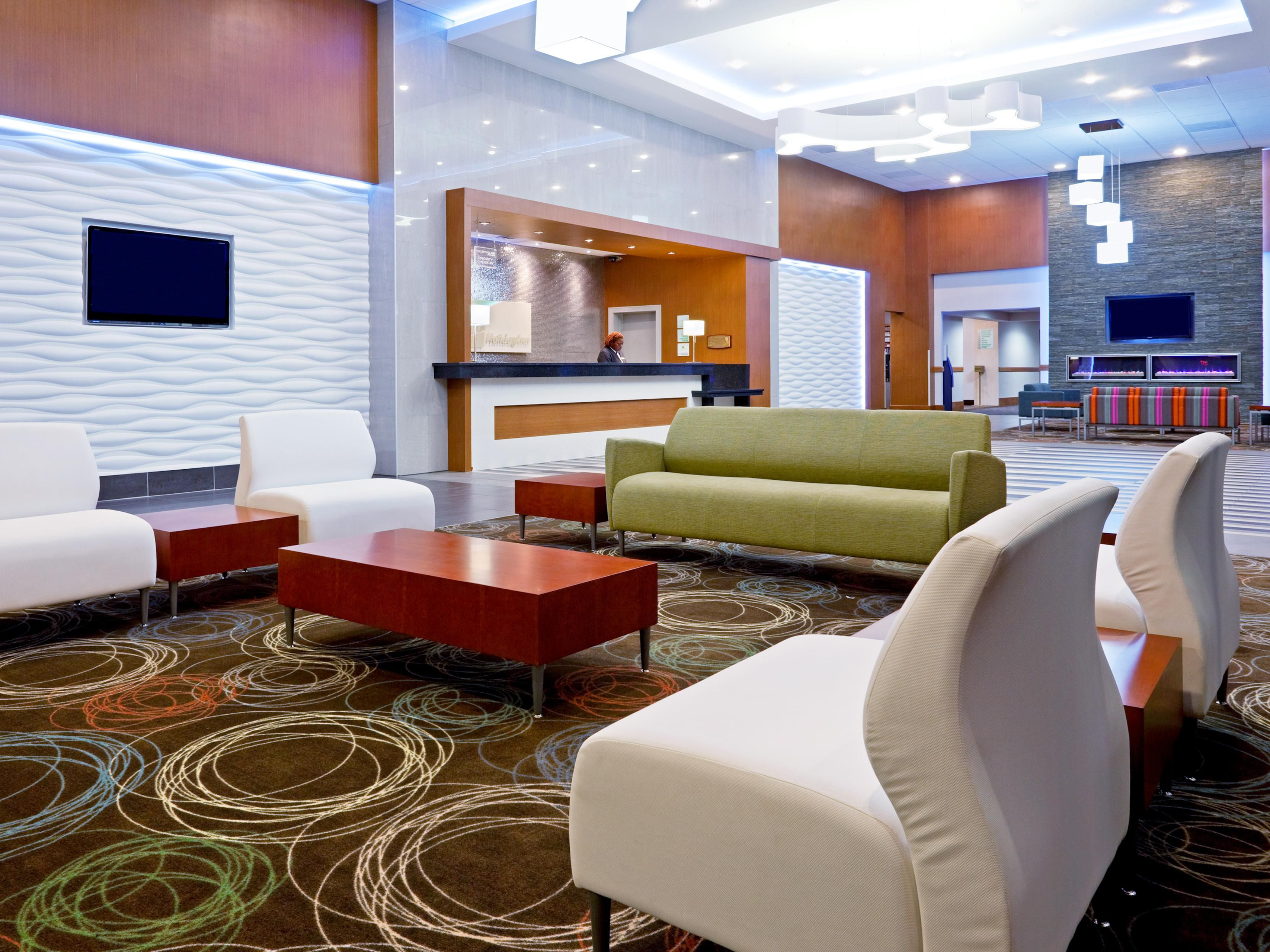Inviting Hotel Lobby at Holiday Inn Philadelphia Stadium