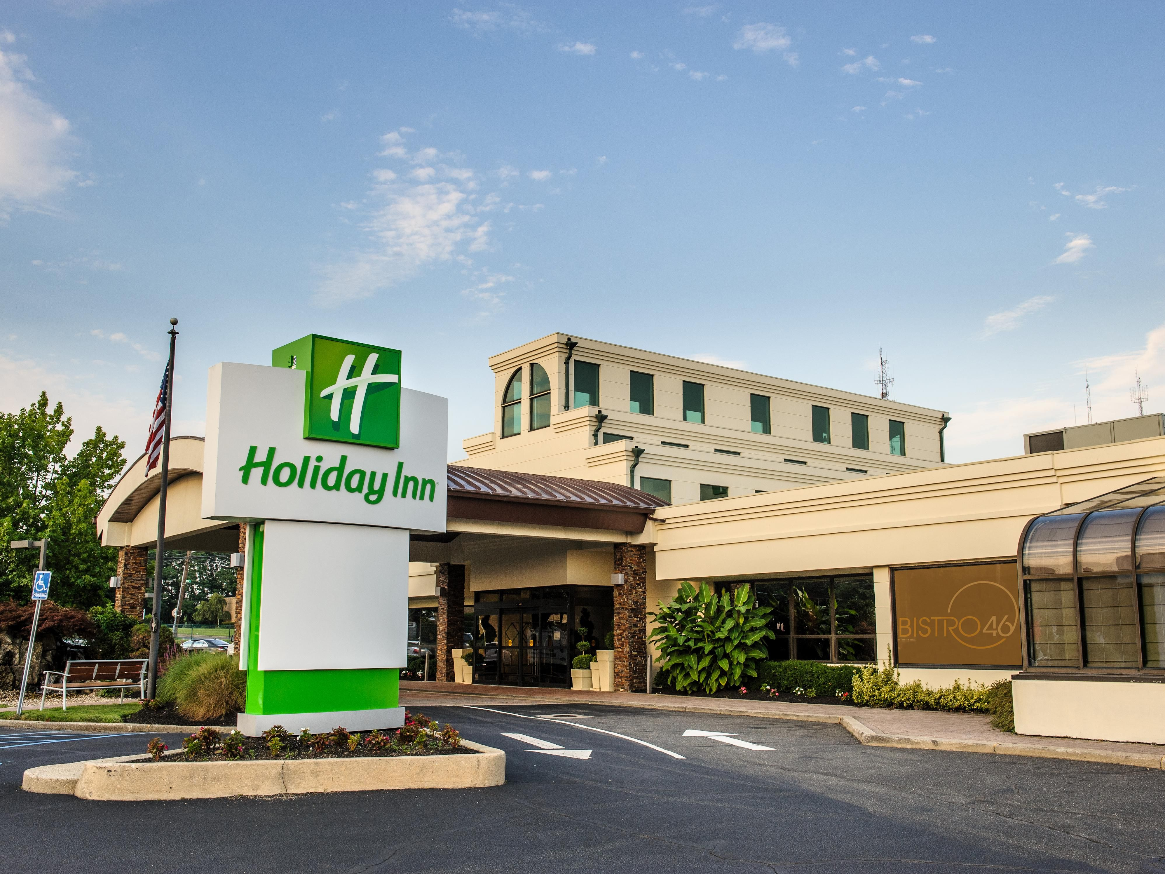 Welcome to the Holiday Inn, Plainview