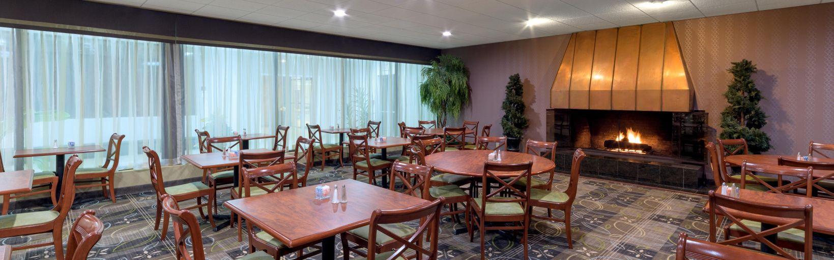 Restaurant Catering Dining Meeting Room Holiday Inn