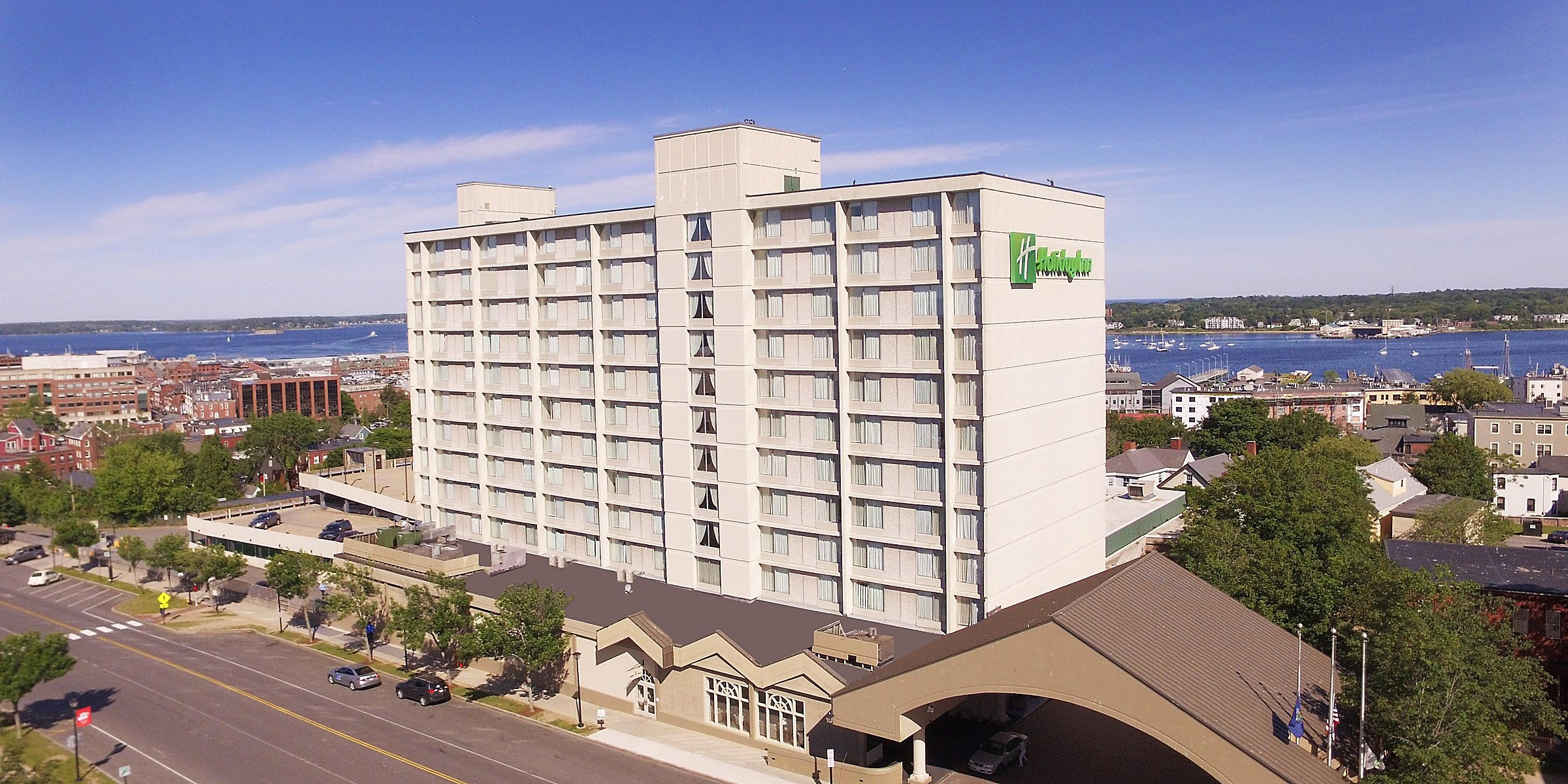 Surprising Holiday Inn Portland By The Bay Hotel By Ihg Download Free Architecture Designs Remcamadebymaigaardcom