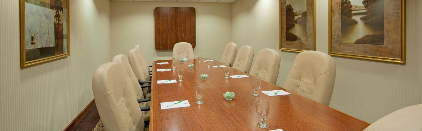 Holiday Inn Portsmouth Hotel Groups Meeting Rooms Available