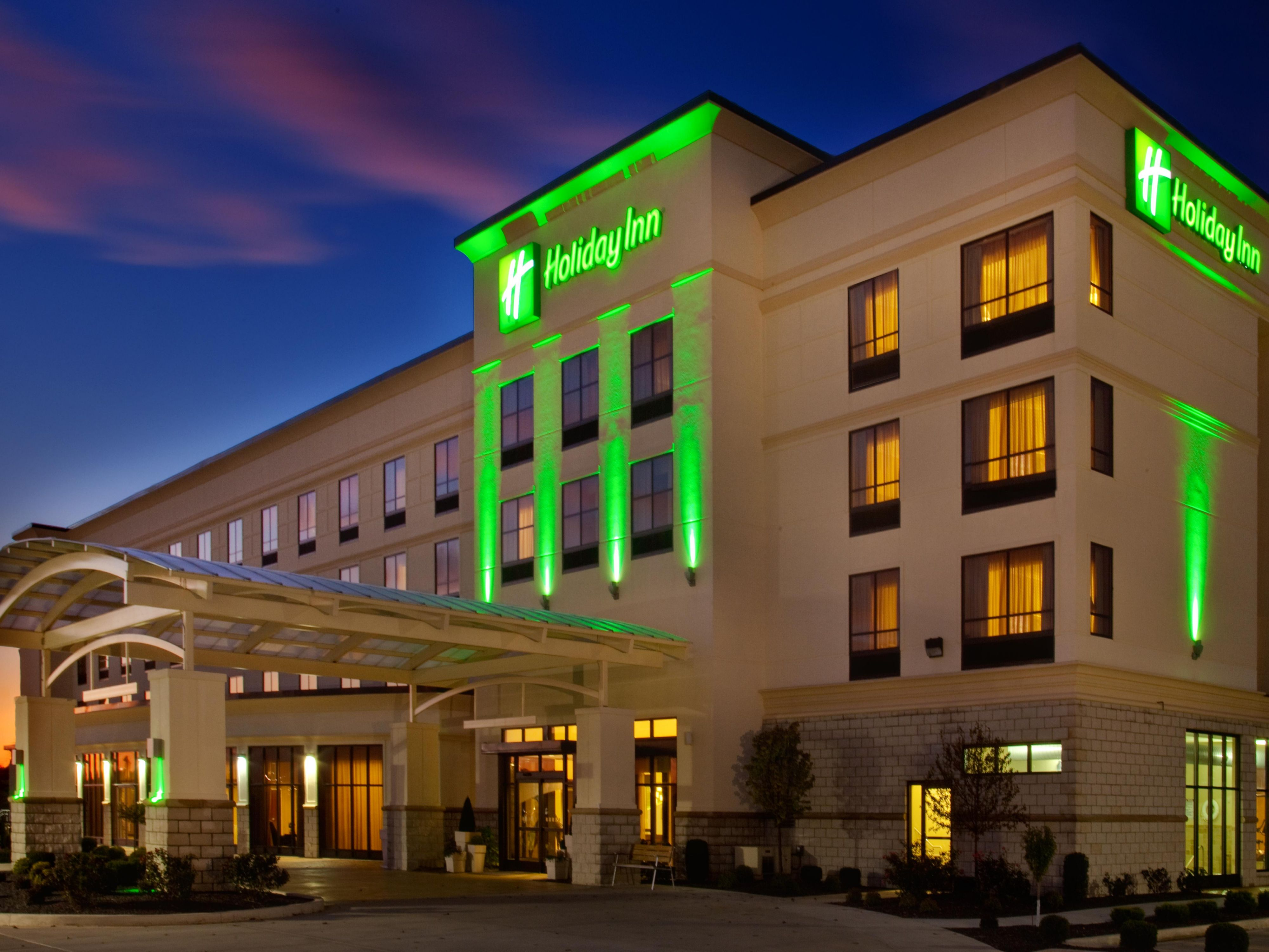 You are welcome day or night at Holiday Inn Quincy IL