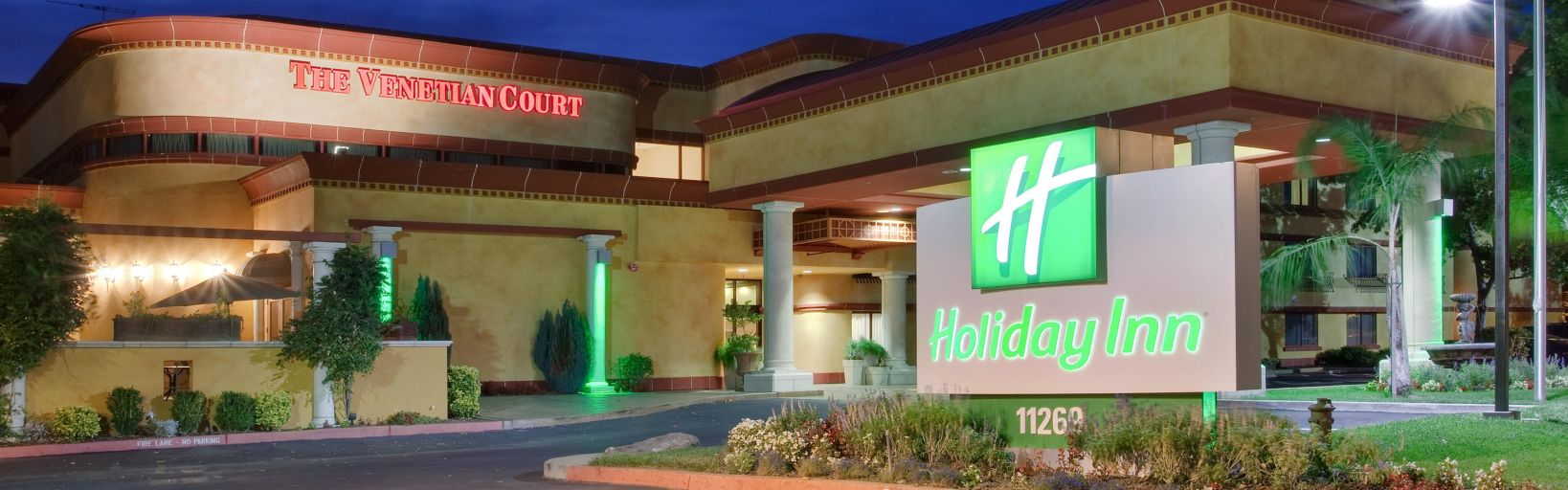 The Lovely Holiday Inn Rancho Cordova Exterior Front Desk Hotel