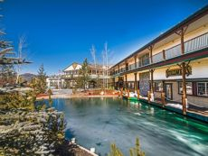 Holiday Inn Resort The Lodge at Big Bear Lake in Hesperia, California