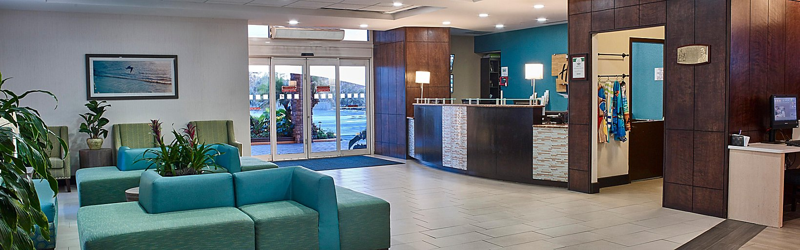 Superb Hotel In Daytona Beach Holiday Inn Resort Daytona Beach Forskolin Free Trial Chair Design Images Forskolin Free Trialorg