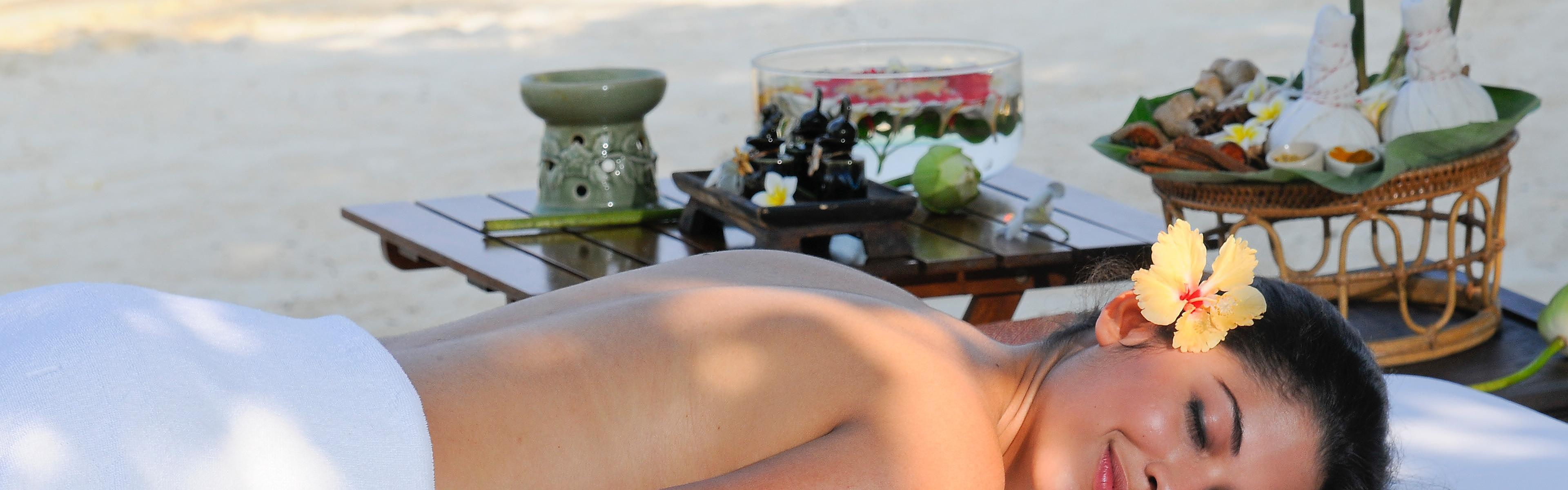 Holiday Inn Resort Phi Phi Island - Free Internet & More