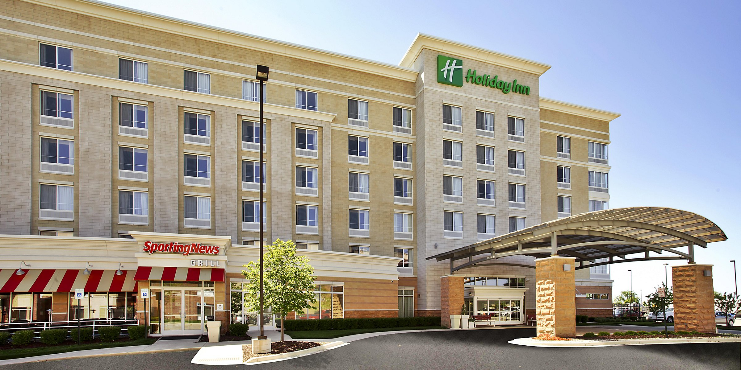 Holiday Inn Detroit Metro Airport Hotel by IHG