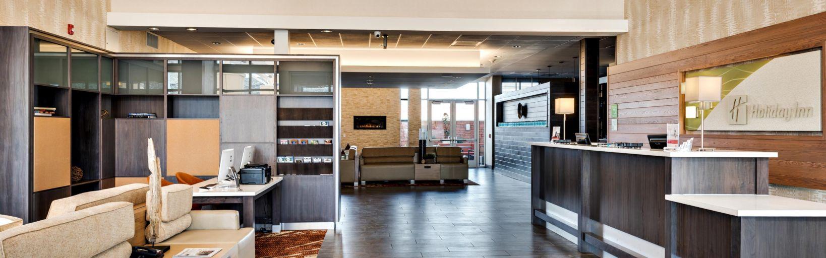 Hotel Lobby Holiday Inn St George Utah