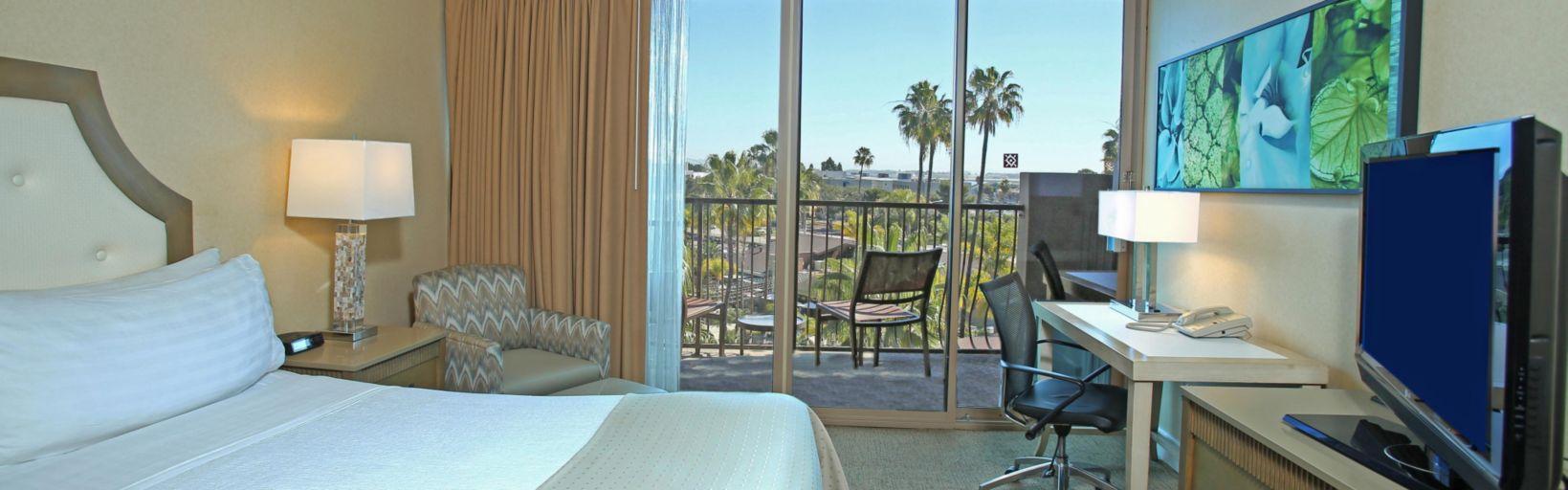 Holiday Inn San Diego Hotels | Holiday Inn San Diego - Bayside ...