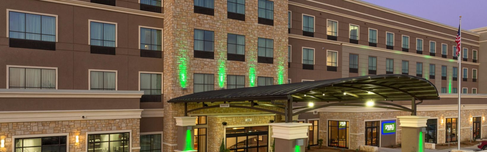 Holiday Inn, newest full service hotel in San Marcos, TX