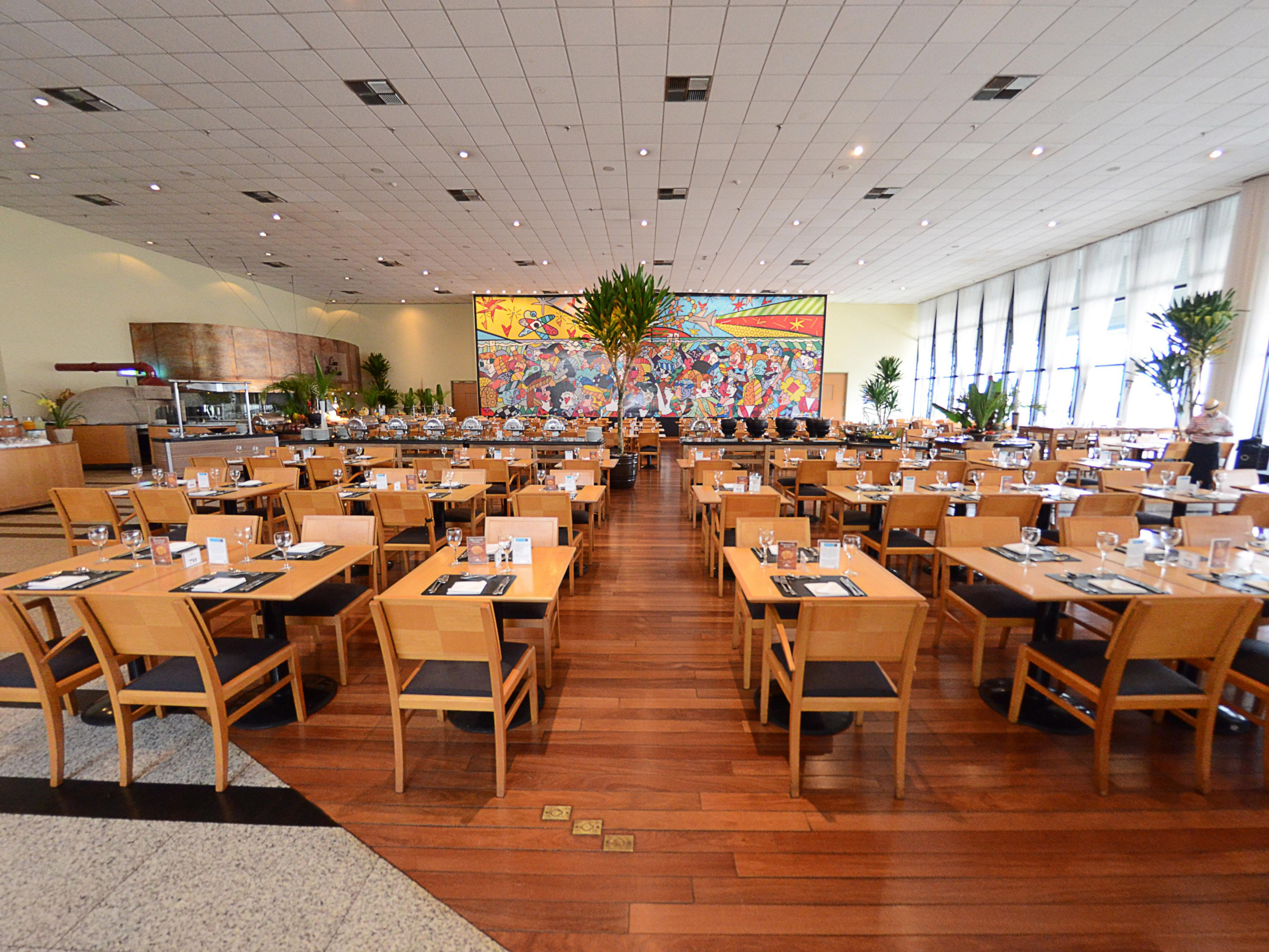 Restaurante Camauê - Holiday Inn Parque Anhembi
