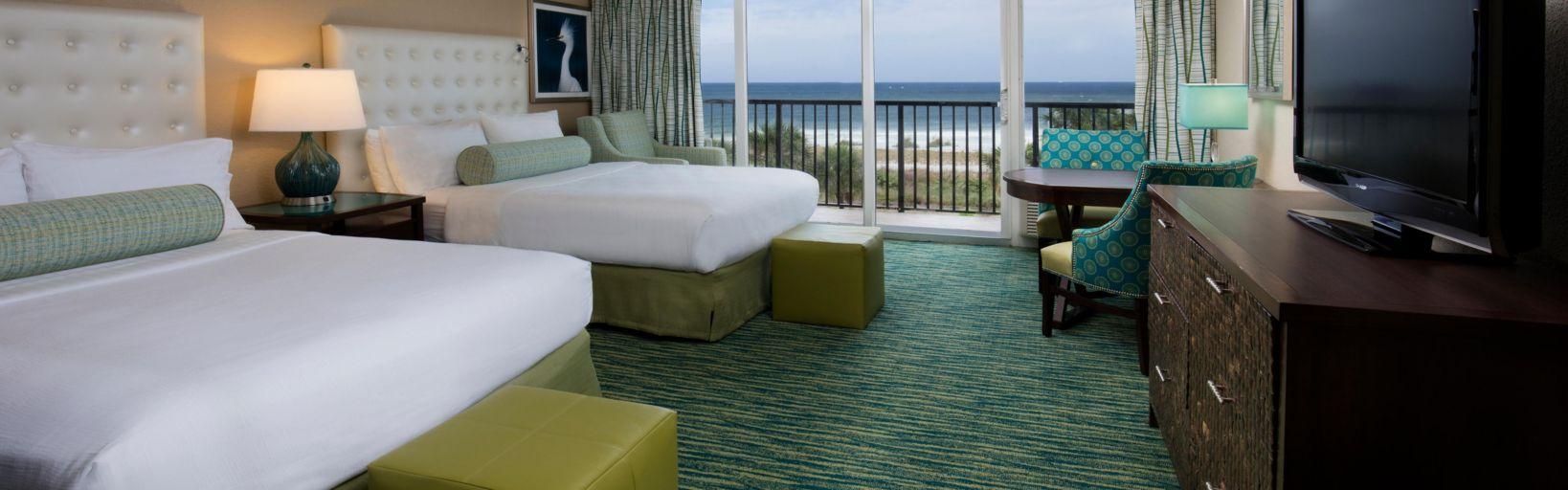Deluxe Queen Bed Gulf View