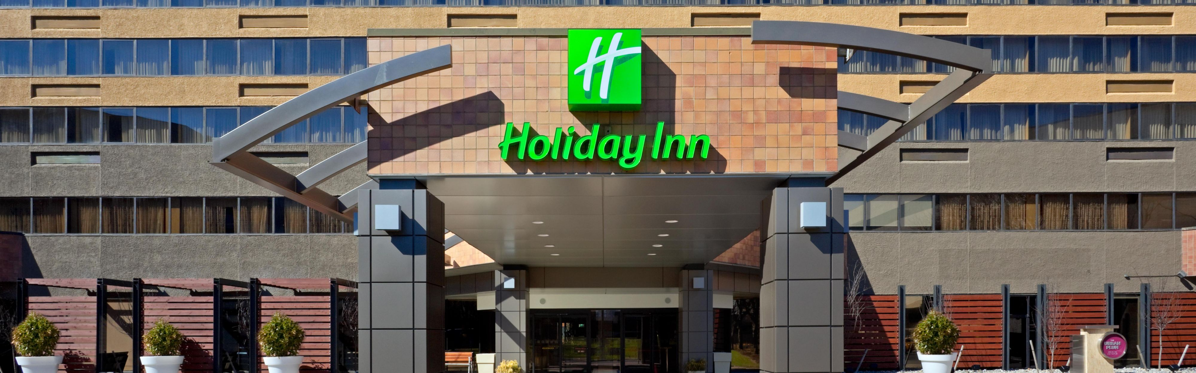 Welcome To The Holiday Inn Secaucus Meadowlands With Nj Hotels Near Train Station