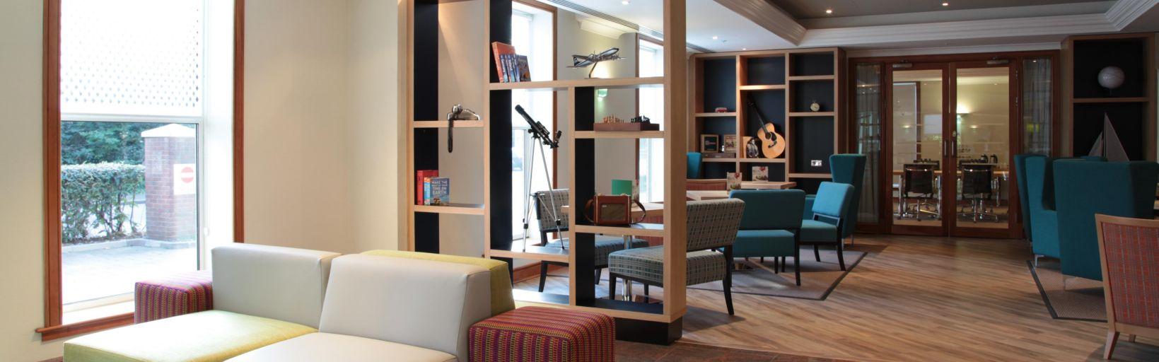 Heathrow Airport Hotel Holiday Inn London Heathrow T5
